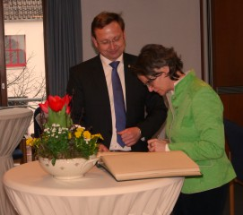 Heimatministerin I. Scharrenbach BM Dr. A. Wulf