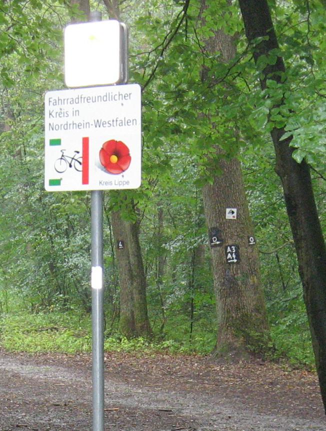 Rundwanderweg O Fernradweg R 1 und jetzt auch Reitweg ?!
